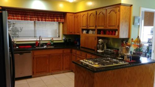 Anna House Kitchen