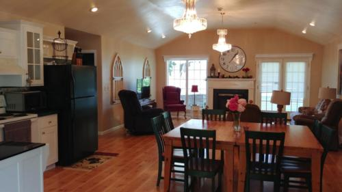 Farm Country Home Dining Room